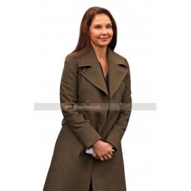 A Dog's Way Home Ashley Judd Long Coat