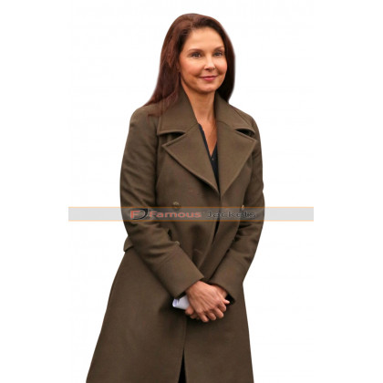 A Dog's Way Home Ashley Judd Long Coat