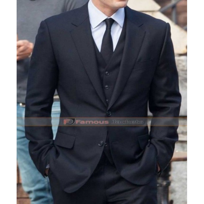 America Civil War Chris Evans Black Suit